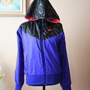 Vintage NIKE Sportswear Wind Jacket Sz. M